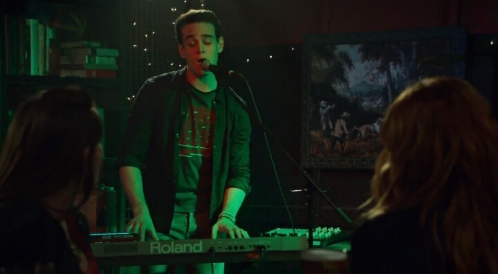 I was expecting to cringe but it was surprisingly okay, with some Shape of You vibes at the beginning. And at least it wasn't a love song for Clary...