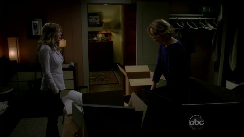 Saying goodbye to izzie has been the hardest thing about the show so far 😭😭😭😭😭and seeing Meredith trying to get her to stay and then she left anyway 😭😭😭😭😭😭