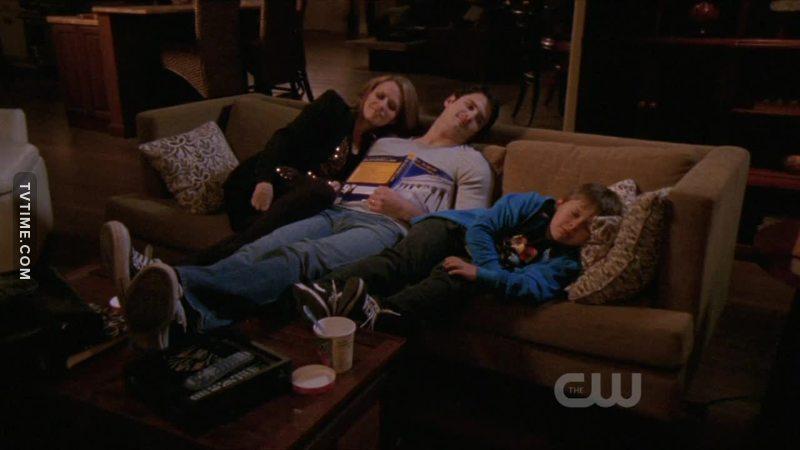 Il est trop fort ce Jamie, il épel les mots pendant qu'il dort :-D