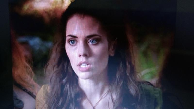 A personagem mais perseguida nessa série é sem dúvidas a Eva... Coitada da bichinha. ☹️