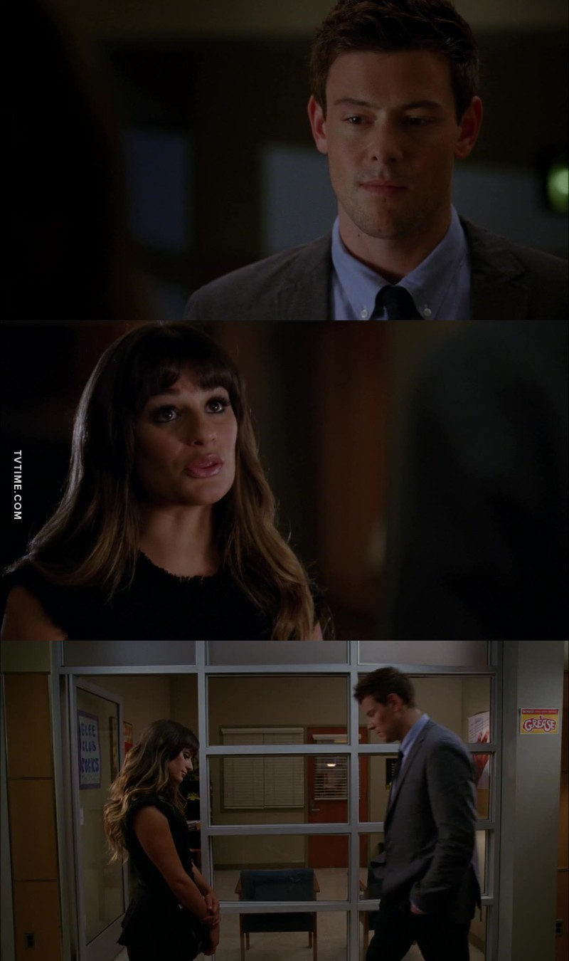 """« Sei un po' come la mia muta. » « Grazie, ma si dice """"musa"""". » « Lo so, volevo solo vederti sorridere. »  Finchel sempre e comunque."""