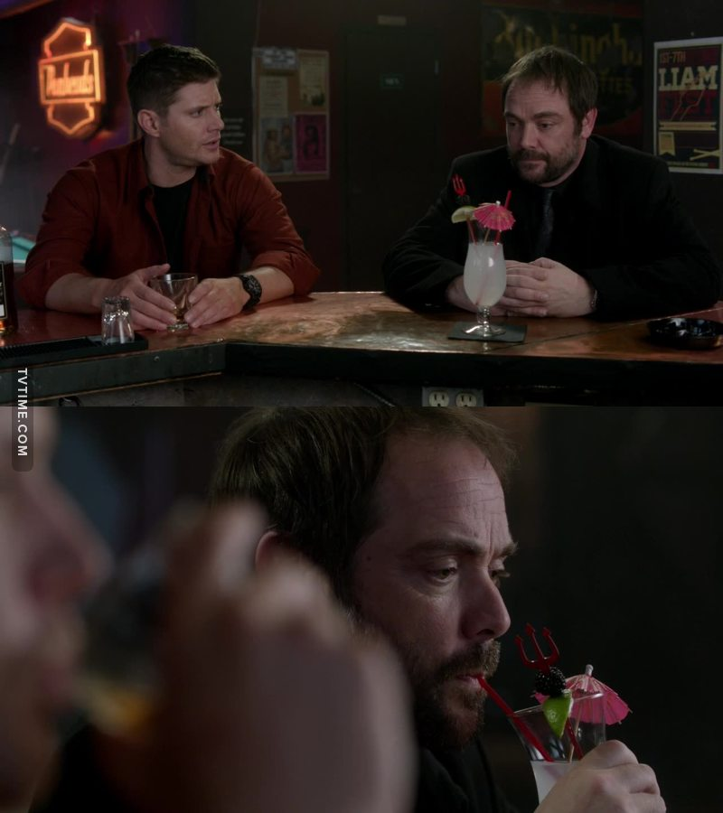 It's impossible not to love Crowley ans his cocktails😂