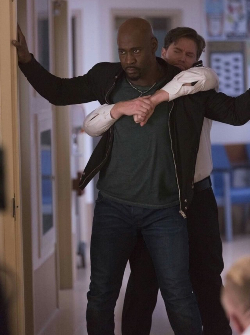 I love this scene with Amenadiel. It was so good 😍 the whole episode was amazing ✨😭