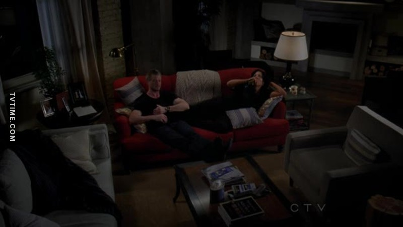 Did anyone notice Mark massaging Callie's feet? Honestly if that's not friendship goals idk what is