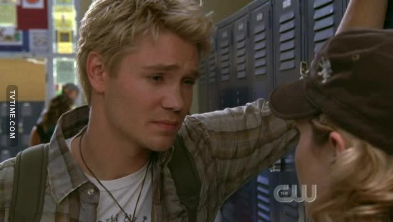 His hair seems blonder in this episode for some reason.........