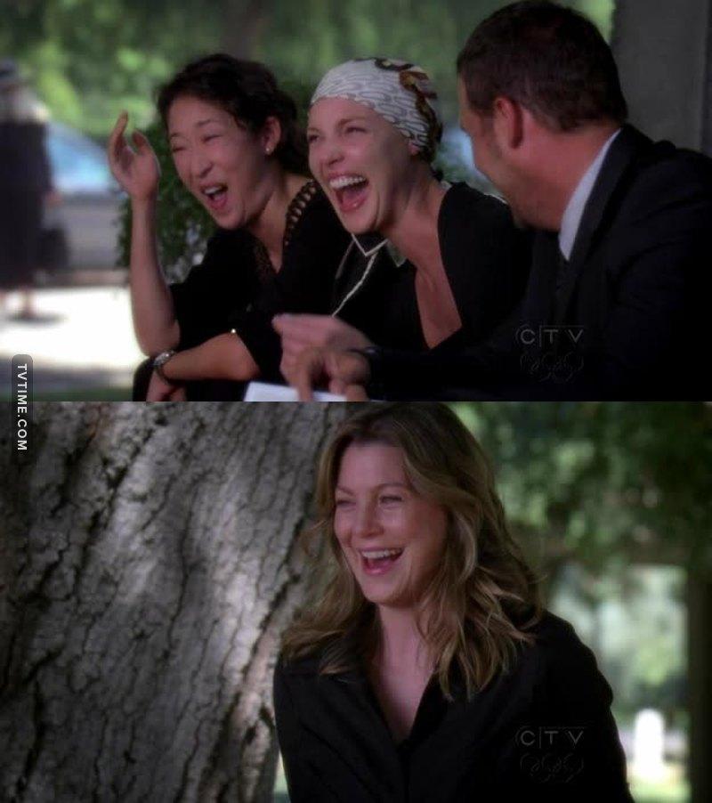 O famoso rindo de nervoso