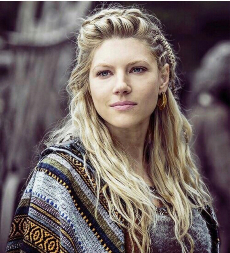 Bjorn: Don't take anymore shit.  Lagertha: who do you think I am?   A queeeeeeeeeeen 👑