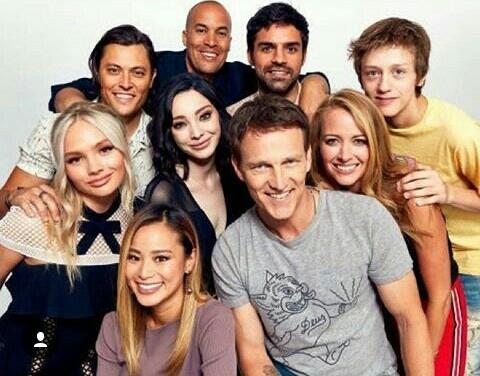 This cast! 😍