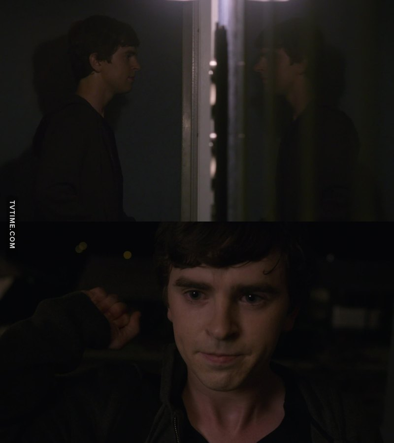 I totally felt his anxiety in this scene.   We should really take a moment to appreciate Freddie Highmore as actor. He's brilliant in what he's does.