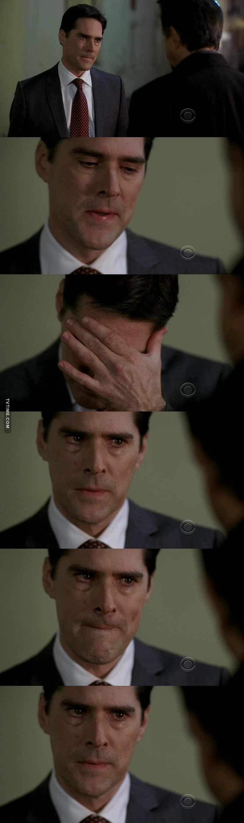 My baby hotch 😔😭  This actor is awesome When he cry and sympathizes👏👏👏