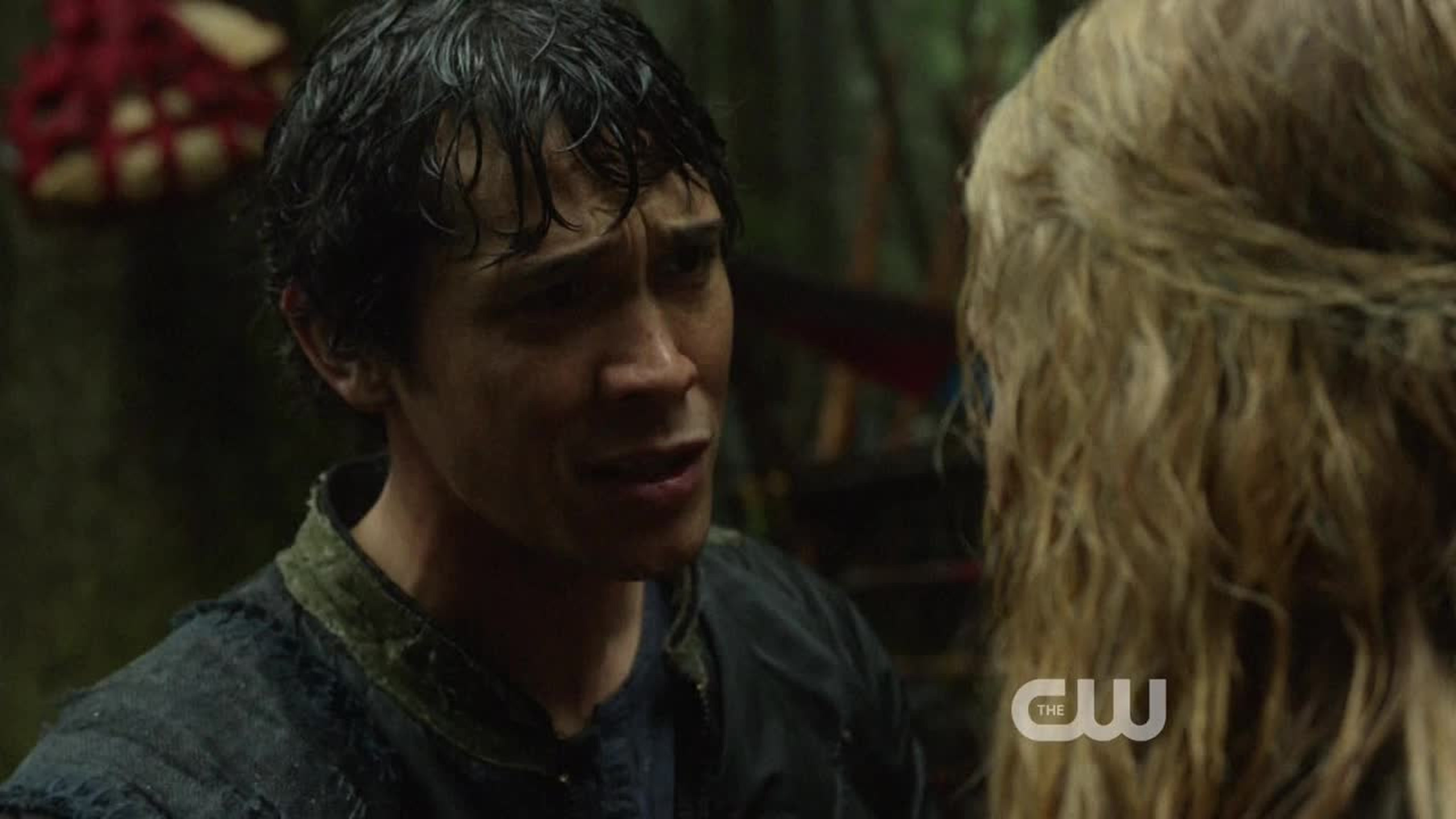 Am I the only one that want Bellamy and Clarke together?