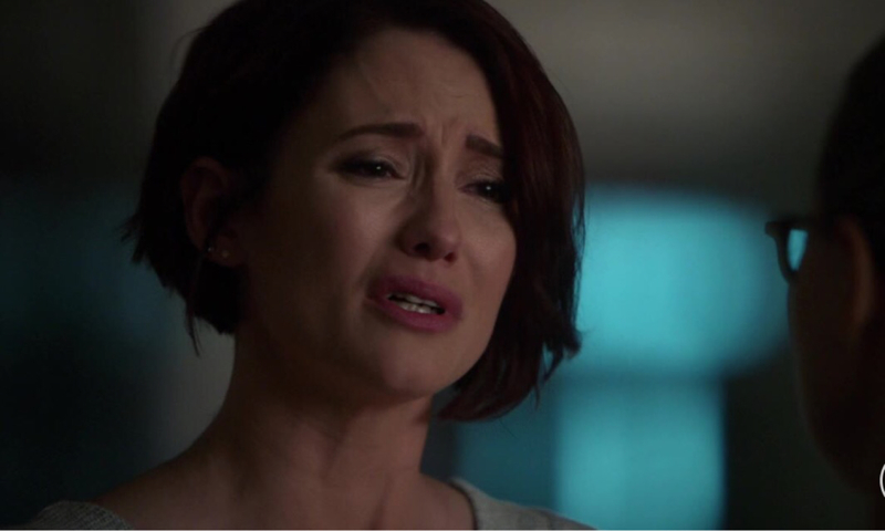 WHEN ALEX CRIES 99% OF THE FANDOM CRIES WITH HER.😢  Honestly Chyler is a Master at Emotional scenes👌🏾🙌🏾
