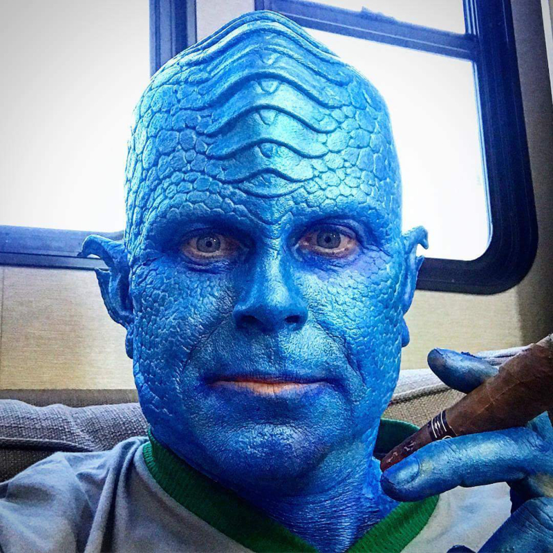Yes, it's Rob Lowe guest staring on The Orville. Love the make-up.