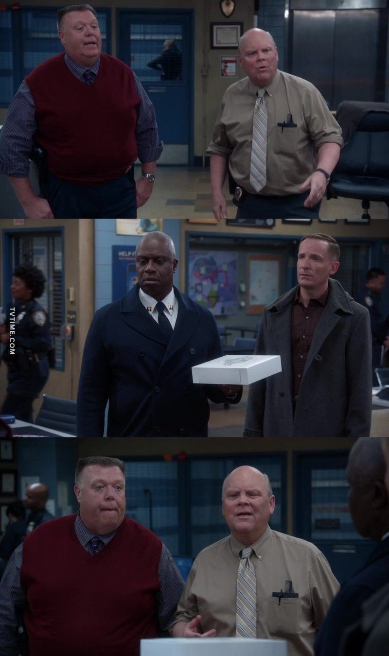 """""""What do you have in the pastry box, sir? Brownies?"""" """"No you hold brownies from the side. He's holding it from the bottom."""" """"True. Maybe it's a cheesecake."""" """"There's no condensation on the box. It's room temperature."""" """"Look at the finger spread. Tensing in the shoulders. He's supporting something dense."""" Together: """"It's a pie.""""  We always wonder how Hitchcock & Scully became detectives. This is why. They've built their jobs solving food-related crimes. They were amazing this ep!"""