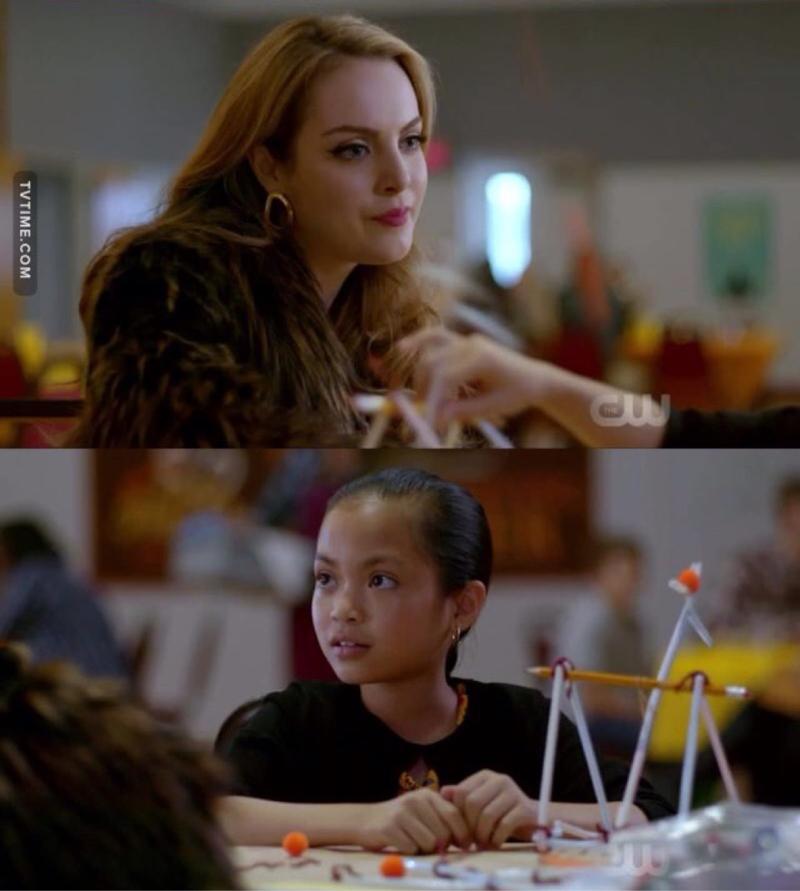 """""""Você pode ser o que quiser, existem muitas meninas engenheiras""""    RAINHA FAZ ASSIM 👑"""