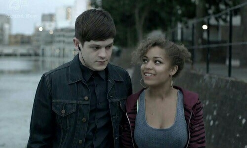 I miss these 2 and Nathan so much 😭😭😭💔💔💔 They were the soul of the show, Misfits can't be the same without them 😢 I'll try to finish it, but for me the real Misfits ended with 3x08, just before Alisha's death when she and Simon made peace and were happy 😢 Love you Simon and Alisha ❤️😢