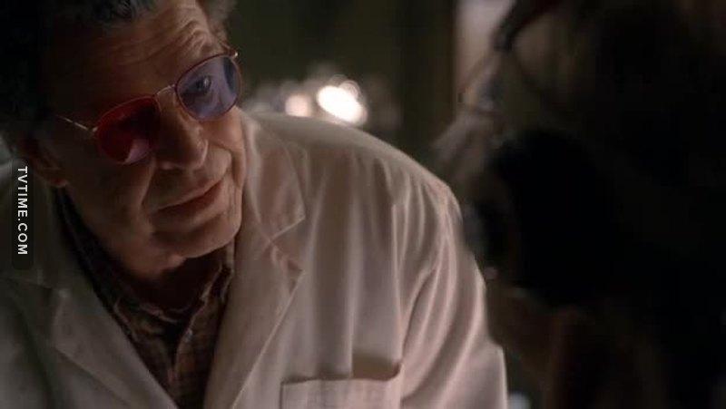 """""""Questi occhiali vennero inventati da un mio vecchio amico, il Dr.Jacoby della Washington State.."""" Citazionissima.  Twin Peaks in love •"""