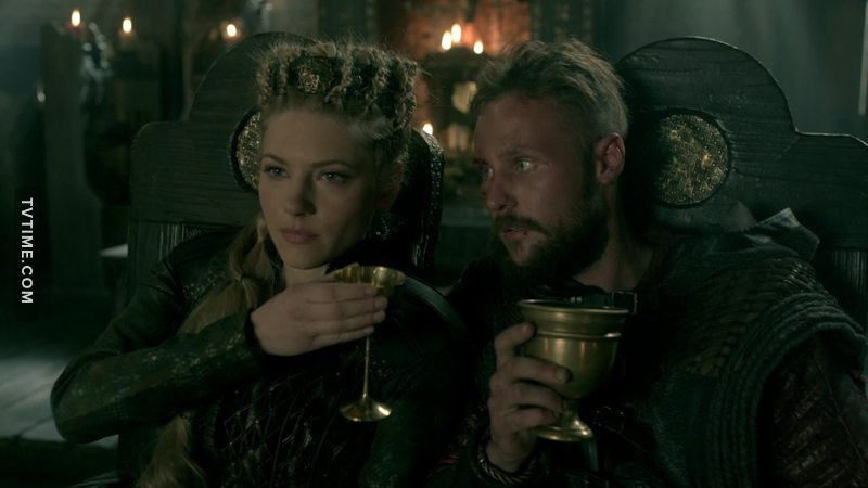 I love this scene between my queen and little Ragnar 🔥