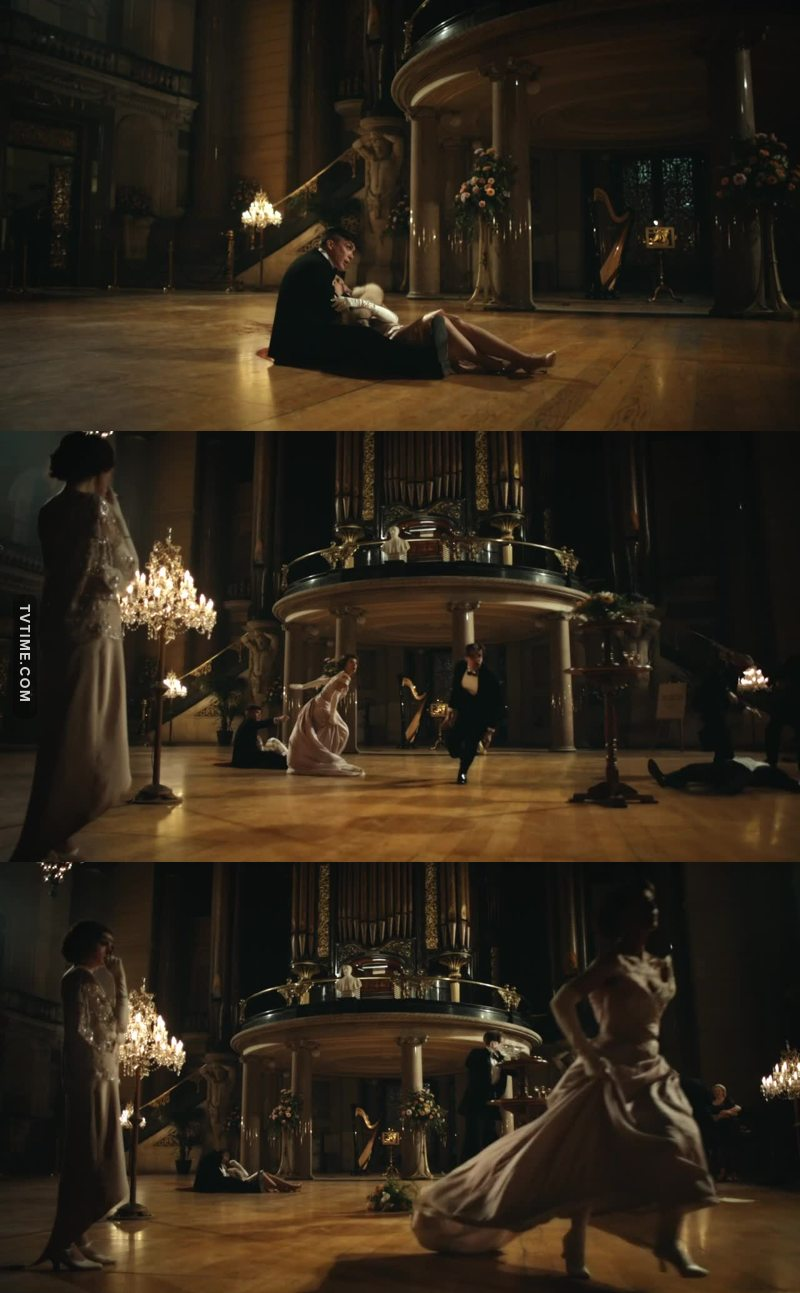 The slow motion vs the violence of the last scene!!! So beautiful and poetic! I was mesmerized!