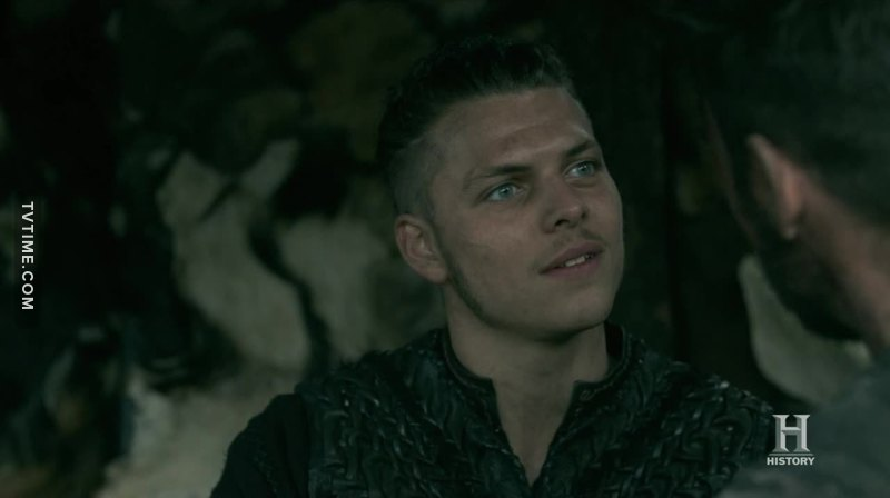 Get yourself a partner who looks at you the same way Ivar looks at Heahmund.
