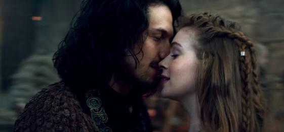 que lindo 😍 confesso que estou começando a amar Amália e Afonso ♥👏 E ninguém merece esse Virgílio aff 😒