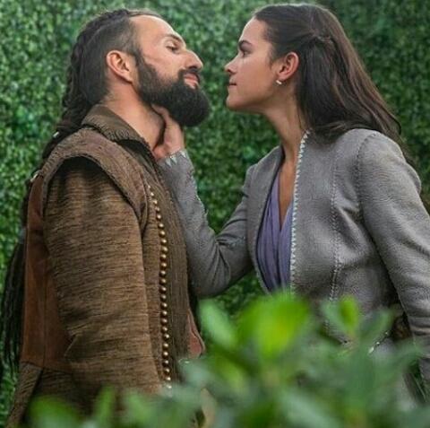 Aquele casal que a gente ama odiá 😍😍 #Constarina