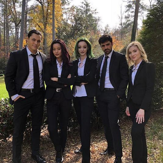 SQUAD UP. Amazing 2-hour season finale of #TheGifted. ☄️⚡️🌑💚❄️