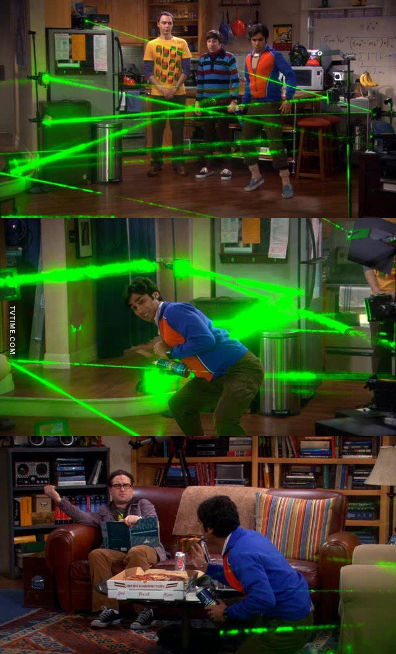Il pranzo agli ostacoli laser dell'agente segreto! 🤣🤣🤣