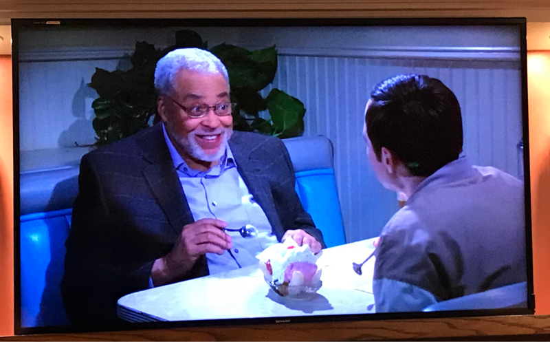 OMG! Best episode ever! James Earl Jones was hilarious! I almost cried though when Carrie Fisher made an appearance