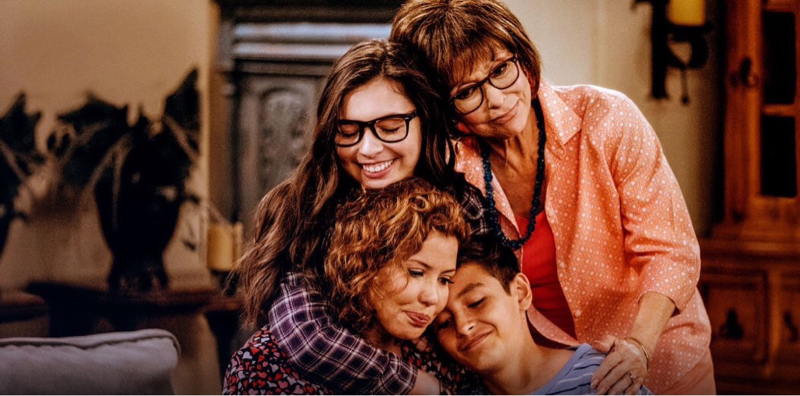 Eu amo tanto essa família. O apoio que cada um tem com o outro é algo lindo de se ver. Quando a mãe queria desistir da faculdade, todos eles foram ajudá-la, e impediram que ela desistisse desse sonho. ❤️