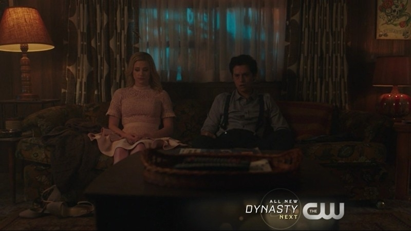 Anyone else think that they look like a young FP and Alice? Betty without her ponytail and Jug without his hat? Makes me definitely want a prequel.