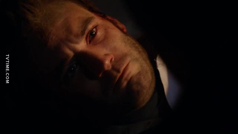 Why Tommy had to die? No! He is very different from his father, he didn't deserve that. He saved Laurel