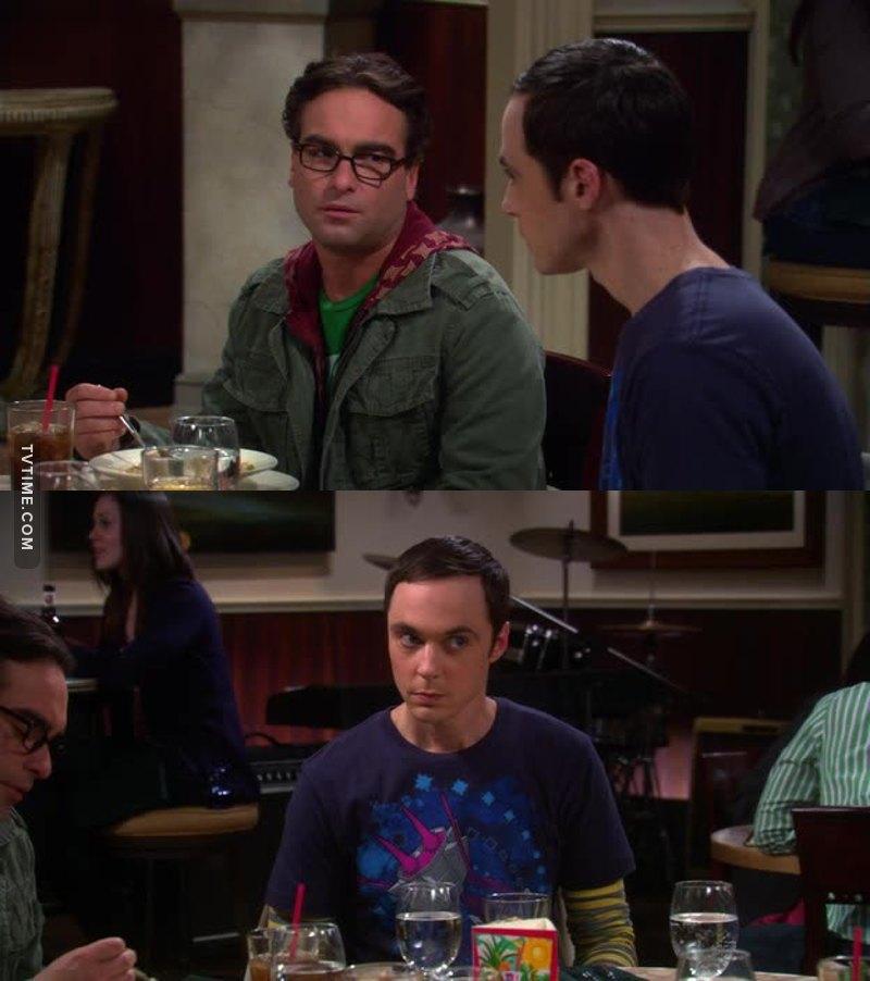 """- Toc toc! - Chi é? - Mida. - Chi é Mida? - Mi date retta oppure no?!""  Sheldon é un grande! 🤣🤣🤣🔝💕"