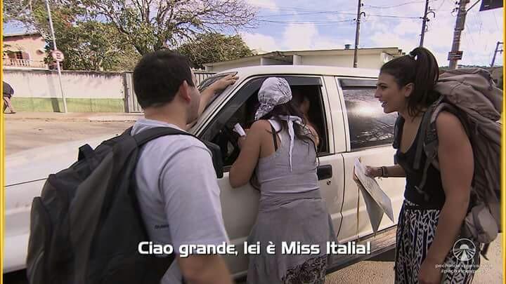 Triste perché la settimana prossima sarà l'ultima puntata, mi alleggerisce l'animo sapere che sarà l'ultima volta che sentirò Fariba che spaccia la figlia per Miss Italia e la vende per un passaggio! Non ce la faccio più...😭😭