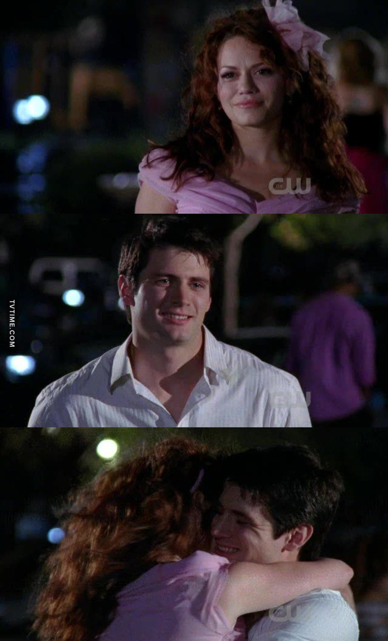 I want Naley's life later ❤️ I want a husband who look at me like Nathan look Haley even after many years of marriage ❤️