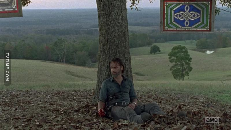 Everyone's talking about Carl's death but nobody's wondering about how Rick ended up like this in this scene ?!