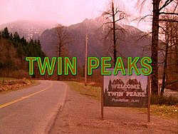 Who is watching twin peaks in 2018?