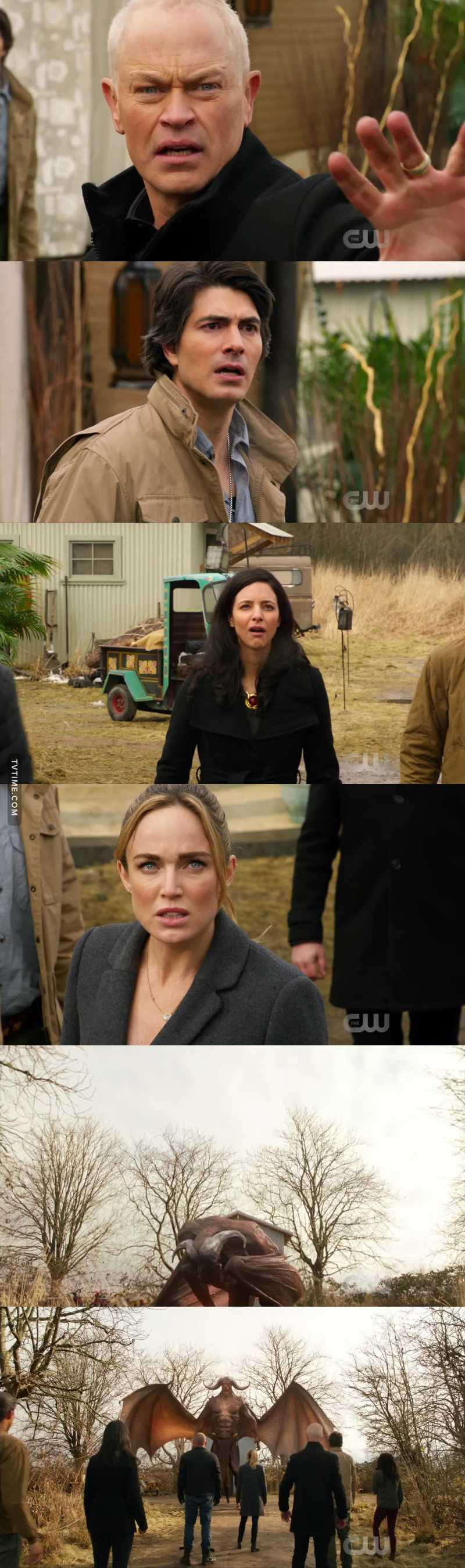 THEIR FACIAL EXPRESSIONS DESCRIBE EXACTLY HOW MINE WERE GOING WHEN NORA WAS TRANSFORMING   MALLUS!... BRUH!!!😱😵😲