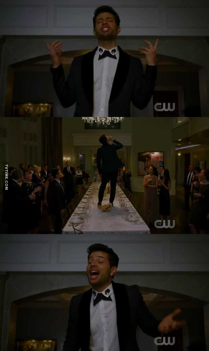 This scene with Sam singing 😂😂