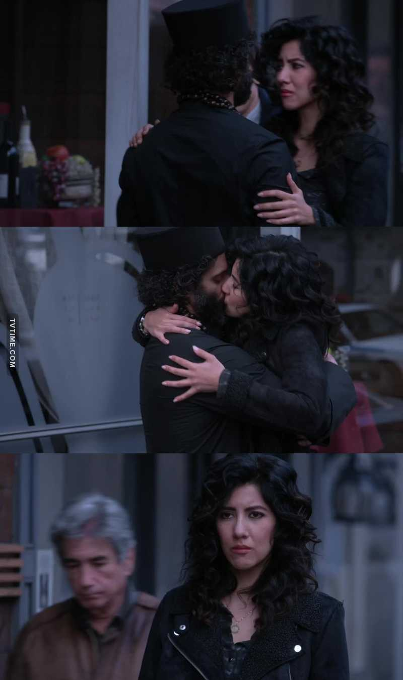 Look at her, hugging him, and crying :( I ship them, I want them to be together, and I wanna see Rosa happy 💔