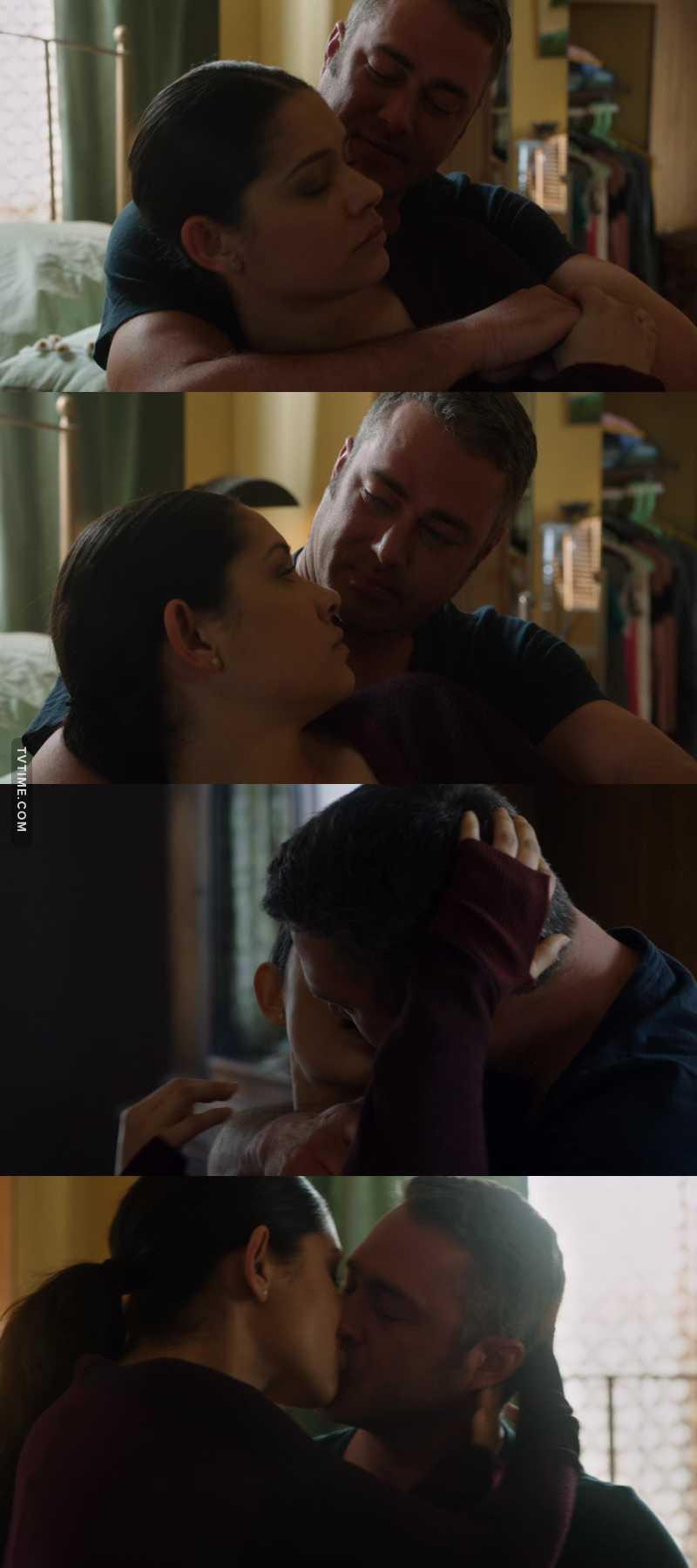 """""""Mi sei mancato."""" """"L'unica cosa alla quale penso.. sei tu!"""" 😍😍😍 SONO L'AMORE!!♥️♥️♥️♥️"""