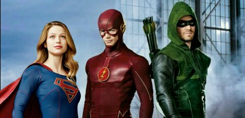 i want a arrow/ the flash/ supergirl crossover 😍