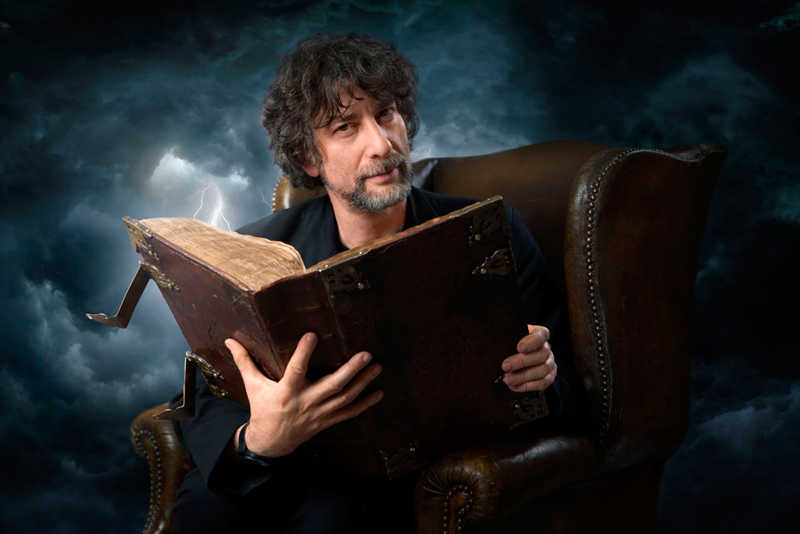 You all know that this show is based on DC/Vertigo's character, from the The Sandman comics. Which was created by Neil Gaiman. And guess who voiced God (the narrator): that's right, Neil Gaiman. How cool is that!  I hope Lucifer will get picked up, and we actually see him as God.