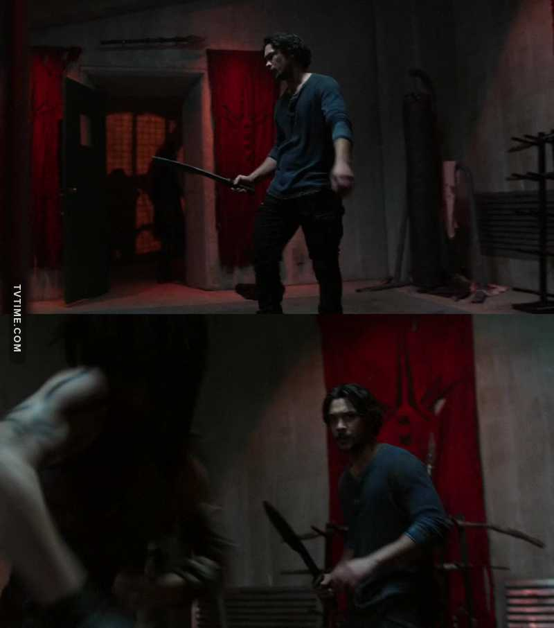 'maybe you should fight somebody who's not afraid of you' i need more bellamy with a sword please