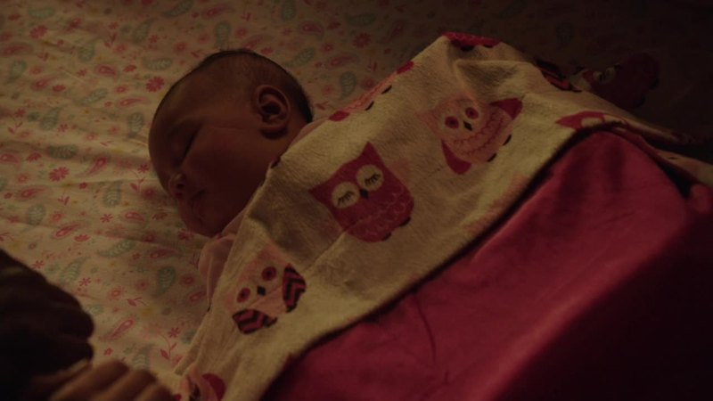 She's such a lovely baby, I'm afraid something might happen to her!! Please, keep little Sara safe!!!!!