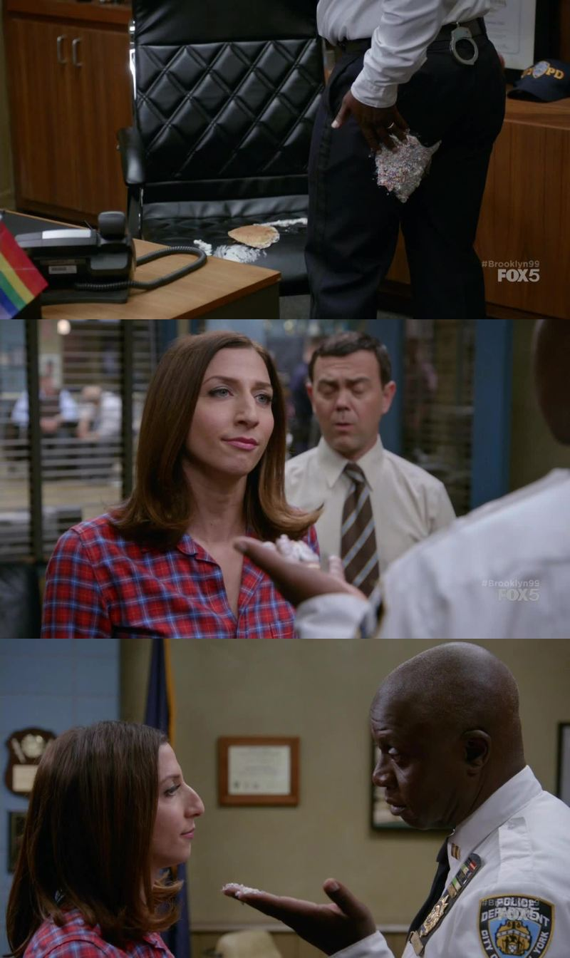 I like the way Gina gave a lesson to the Captain using the cupcake, saving the Charles' ass!!