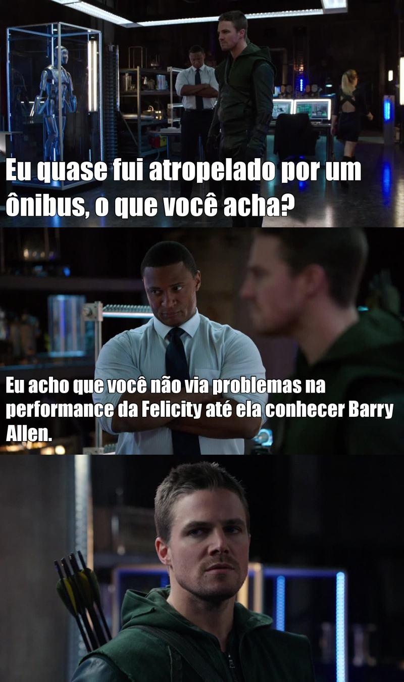 Cara, até o Diggle tá vendo isso, mas o Oliver não admite!!