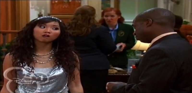 London: Esteban è di nuovo povero? Com'è possibile? Moseby: Beh aveva dei soldi London: Ah Ah Moseby: Ora non li ha più. London: Oooooooohhhhhhhh   🤣🤣🤣