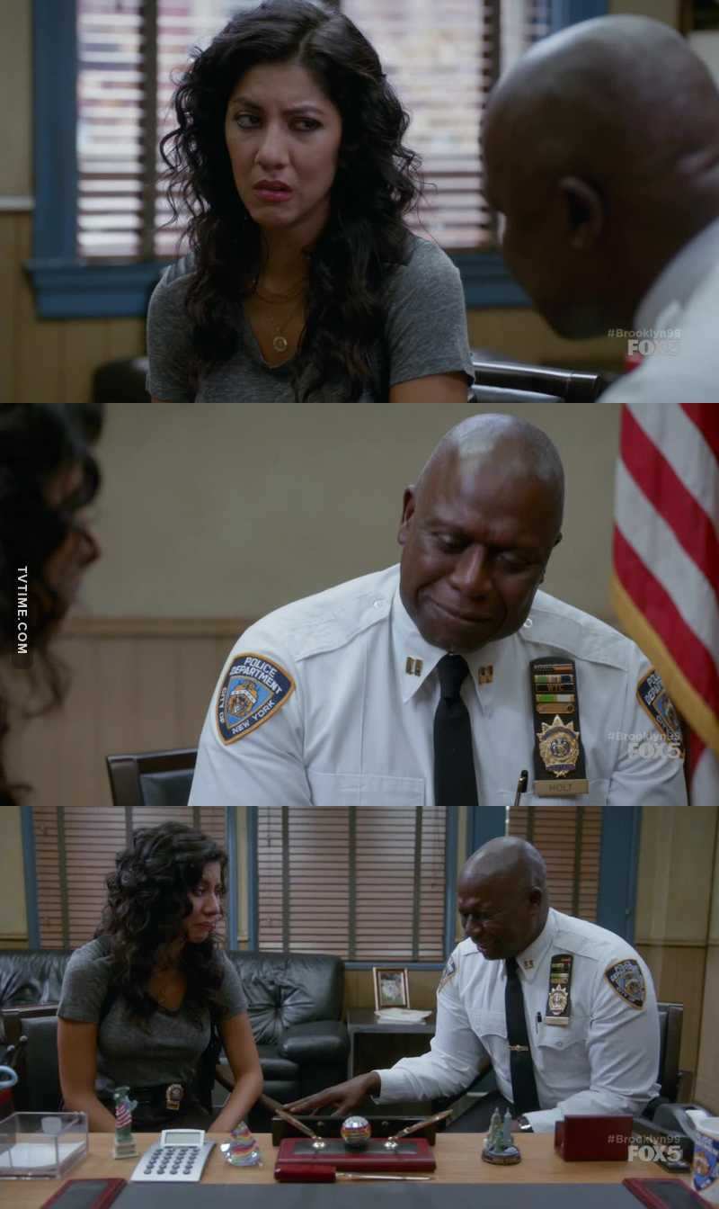 Rosa and Holt crying😂