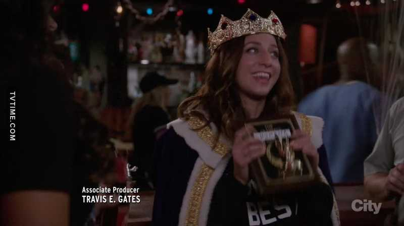Halloween episodes are my favorite and I have no idea how they keep making them so amazing❤❤❤and Gina is the best❤😁❤
